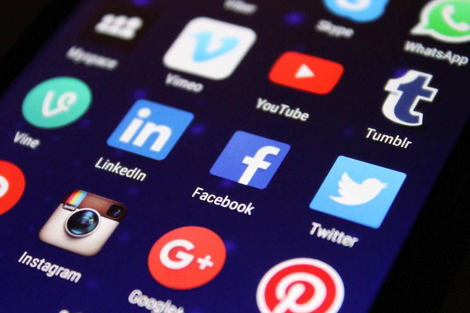 social media profiles on smartphone